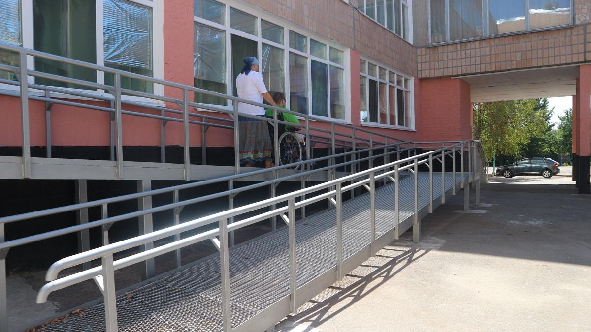 Школи не для всіх: як у Кропивницькому здобувають освіту діти з інвалідністю. ФОТО - 2 - Найважливiше - Без Купюр