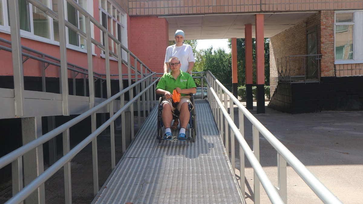Школи не для всіх: як у Кропивницькому здобувають освіту діти з інвалідністю. ФОТО - 5 - Найважливiше - Без Купюр