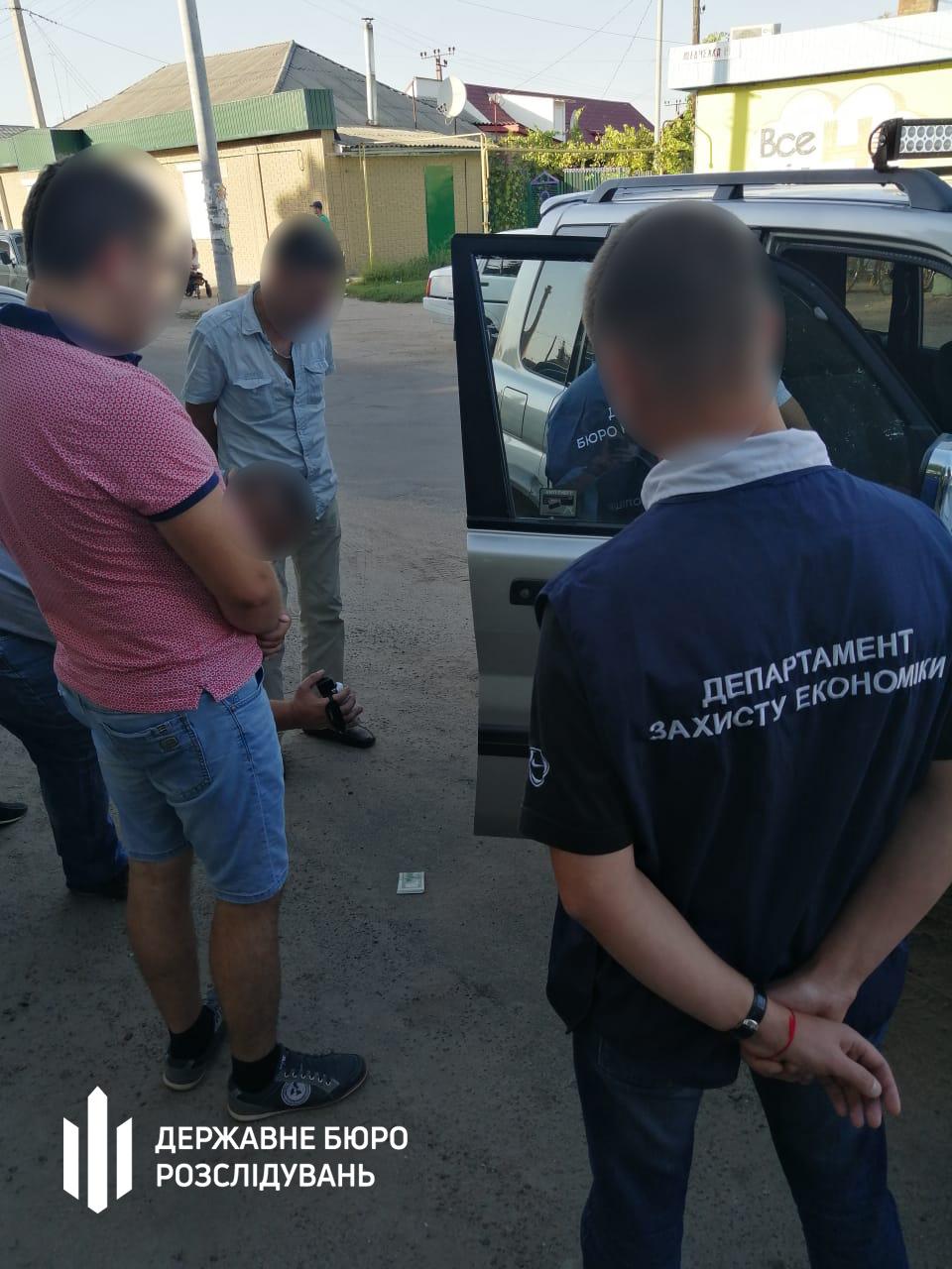На Кіровоградщині затримали керівника райвідділу прокуратури за підозрою в отриманні хабара. ФОТО - 2 - Корупція - Без Купюр