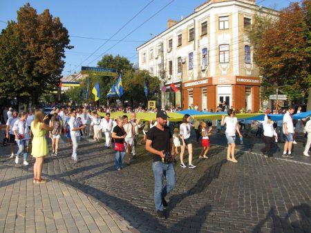 У Кропивницькому відбулася десята хода вишиванок із нагоди Дня Незалежності. ФОТО. ВІДЕО