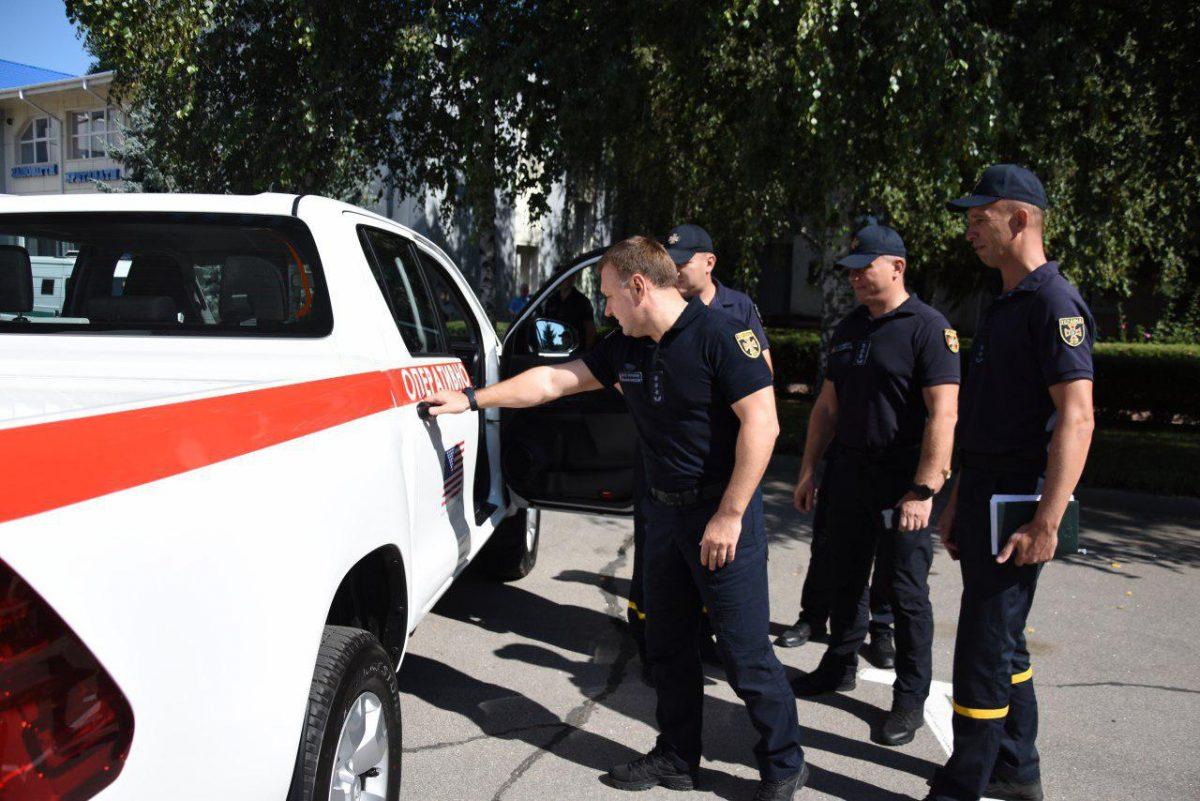 Без Купюр Рятувальники Кіровоградщини отримали новий спецавтомобіль Життя  сапери ДСНС авто