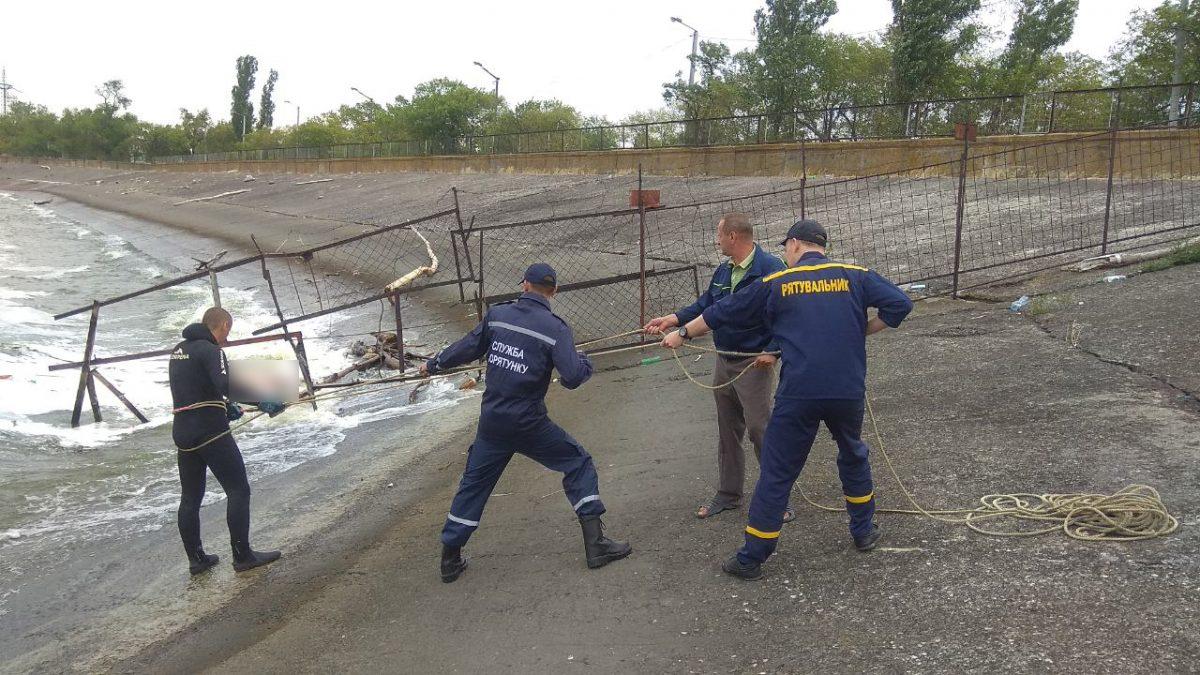 На Кіровоградщині в річці знайшли тіло чоловіка. ФОТО - 1 - Життя - Без Купюр