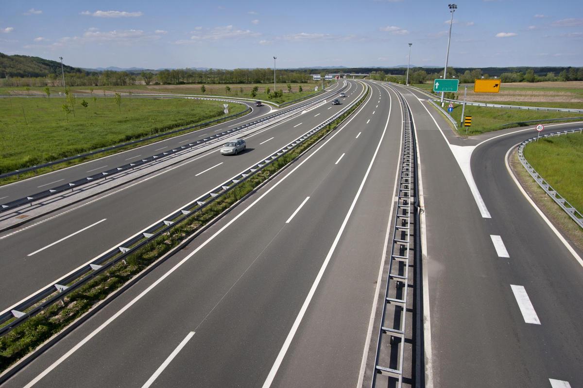 Дороги в Україні будуватимуть за новими державними нормами - 1 - Україна сьогодні - Без Купюр
