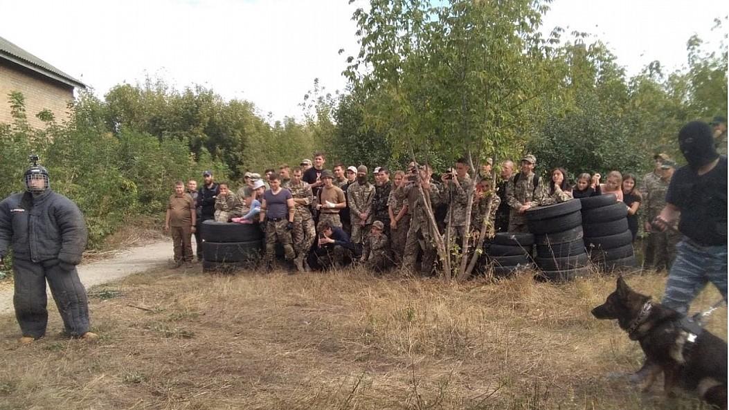 """Без Купюр Кропивницькі школярі пройшли військово-патріотичний вишкіл """"Рейд-антитерор"""" Події  Рейд-антитерор Кропивницький"""
