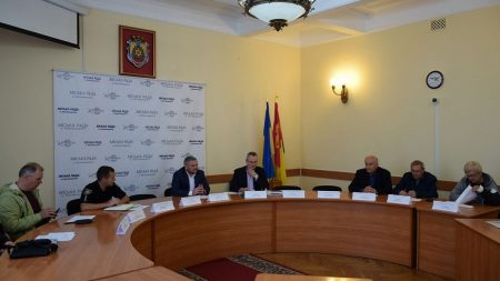 У Кропивницькому визначили перевізників на чотирьох маршрутах