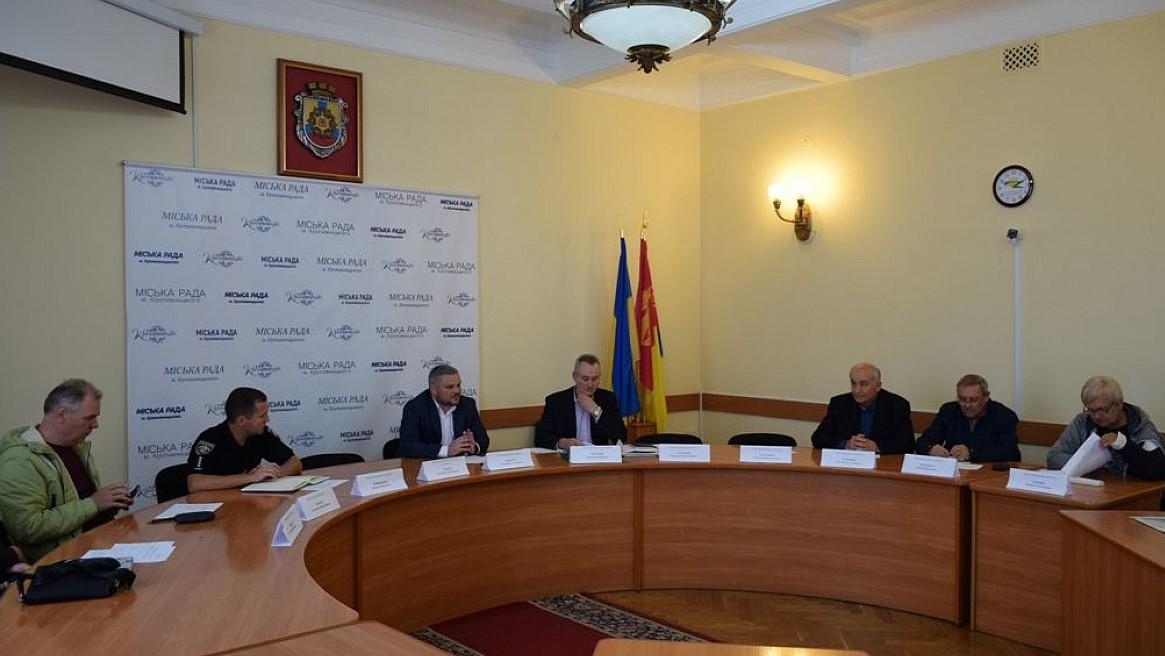 Без Купюр У Кропивницькому визначили перевізників на чотирьох маршрутах Події  Кропивницький автобусні маршрути