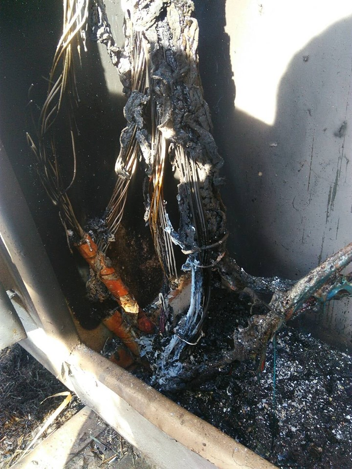 Без Купюр Кіровоградщина: спалювання трави призвело до знеструмлення 6 сіл Кримінал  спалювання листя Кіровоградобленерго