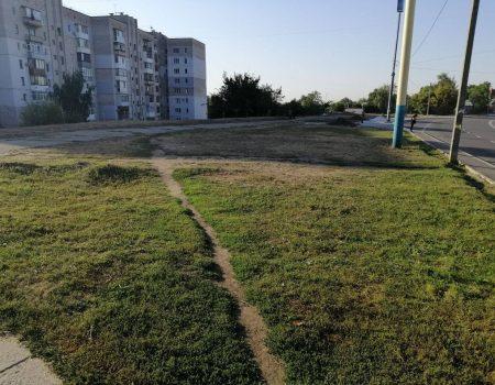 """Кропивницький депутат хоче озеленити ділянку, яку керівник """"гарячої лінії"""" обрав під магазин"""