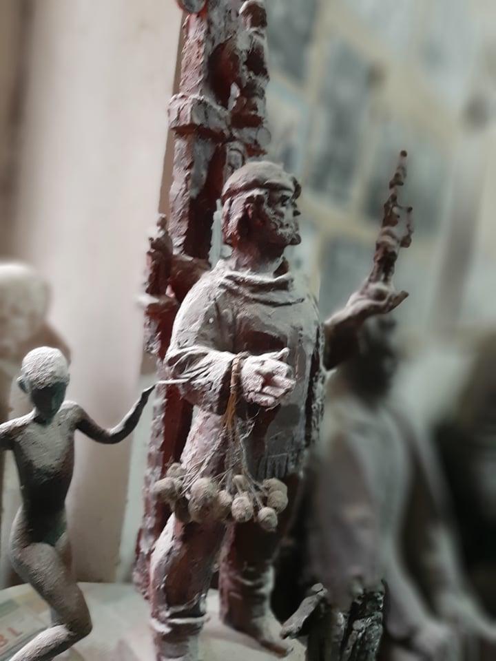 У Кропивницькому попрощались зі скульптором Віктором Френчком. ФОТО - 9 - Життя - Без Купюр