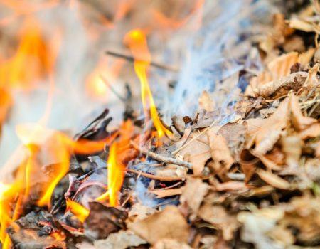 У Кропивницькому спецінспекція розпочинає вечірні рейди проти спалювання сміття
