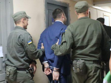 Обвинувачений у шахрайстві депутат Кіровоградської облради пригрозив викриттям екснардепу Яринічу. ФОТО. ВІДЕО