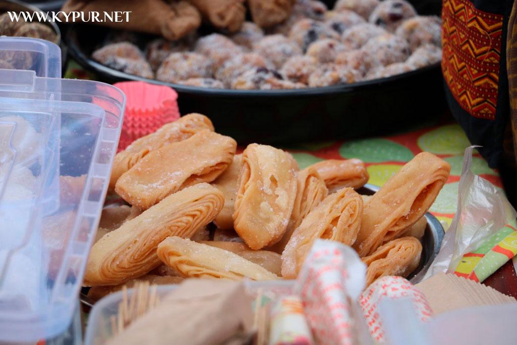 У Кропивницькому триває 5-й фестиваль вуличної їжі. ФОТОРЕПОРТАЖ - 4 - Життя - Без Купюр