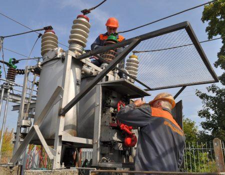 На Кіровоградщині тривають ремонтні роботи ліній електропередач