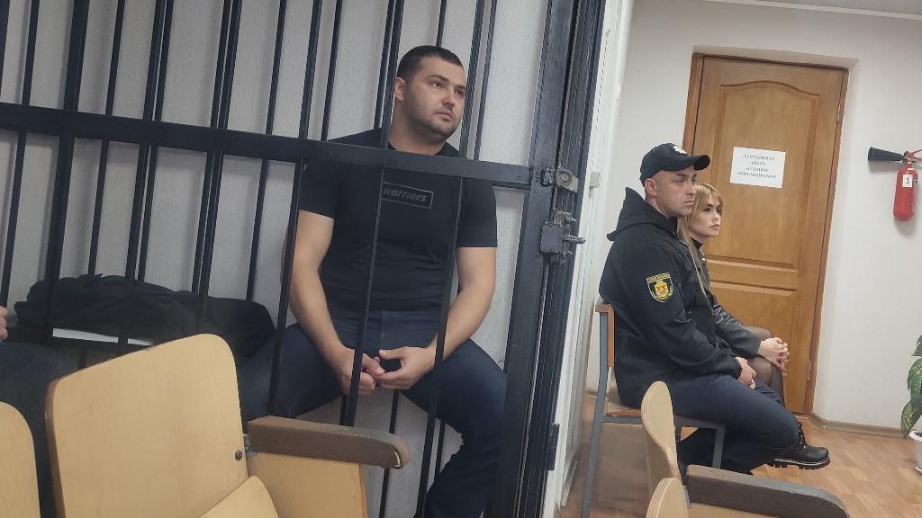 Обстріл житла прокурора у Кропивницькому: один із підозрюваних вийшов з-під варти - 3 - Кримінал - Без Купюр