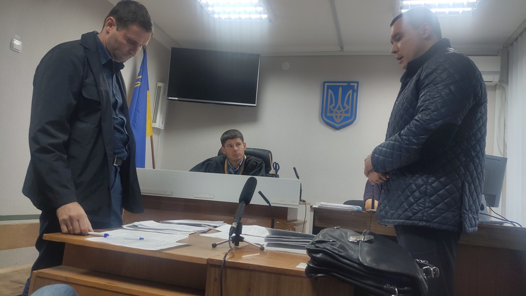 Обстріл житла прокурора у Кропивницькому: один із підозрюваних вийшов з-під варти - 2 - Кримінал - Без Купюр
