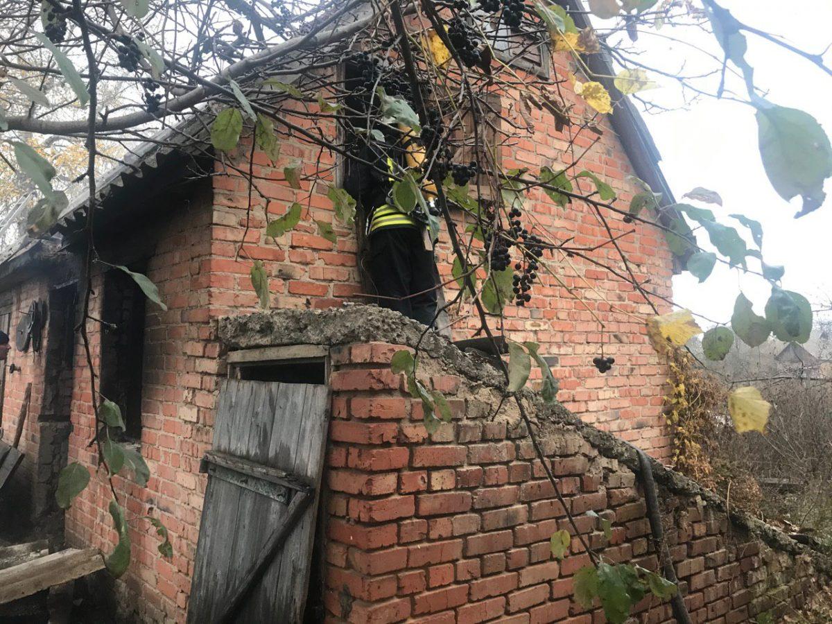 Без Купюр У Благовіщенському під час пожежі виявили тіло господаря будинку Життя  пожежа Благовіщенське