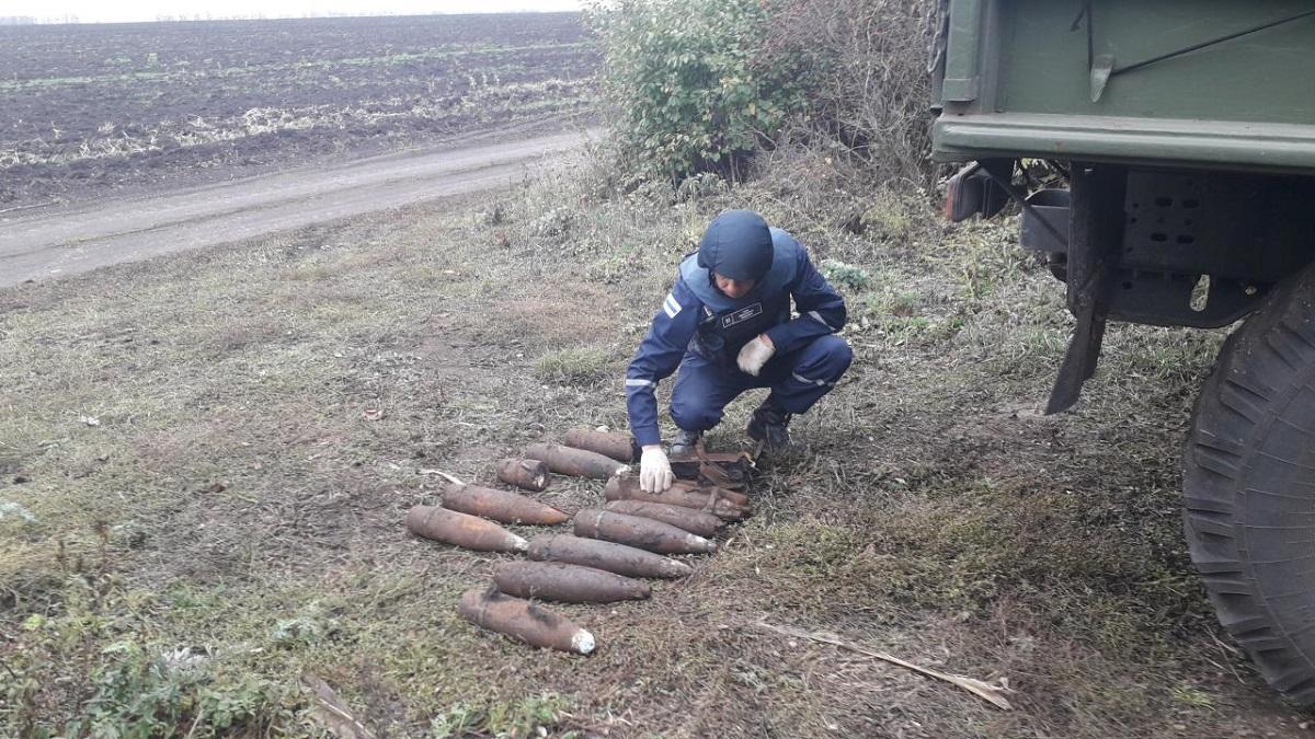 Без Купюр На Кіровоградщині знищили 15 боєприпасів часів Другої світової війни Життя  сапери рятувальники вибух