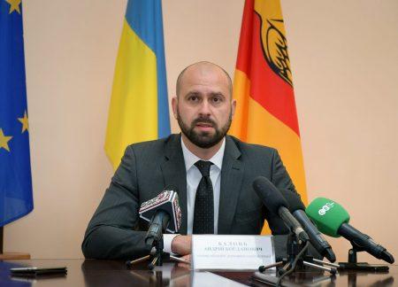 Голова ОДА пообіцяв, що до кінця року заборгованість перед вчителями і медиками буде погашено