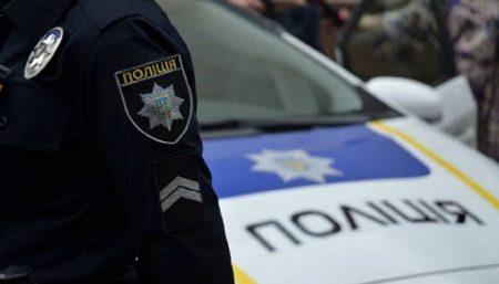 На Кіровоградщини викрили чоловіка, який хотів продати викрадене авто на запчастини