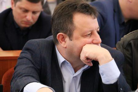 """Кропивницький депутат три роки поспіль не декларує орендовану """"під бізнес"""" землю"""