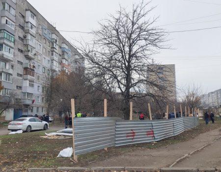 У Кропивницькому землю скандального забудовника готові викупити під дитячий майданчик