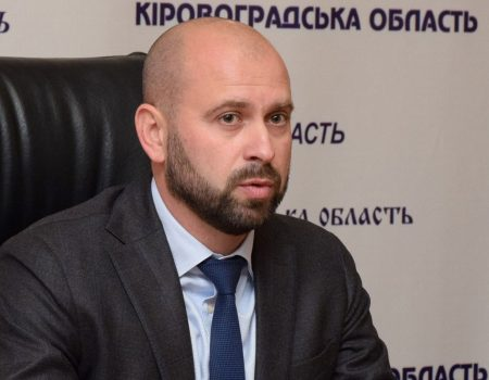 """У Кропивницькому поскаржилися поліції на """"неправильні"""" білборди Капліна й Садового. ФОТО"""