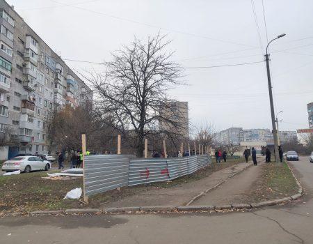 Люди протестують, влада розводить руками: на Попова виросте черговий комерційний комплекс
