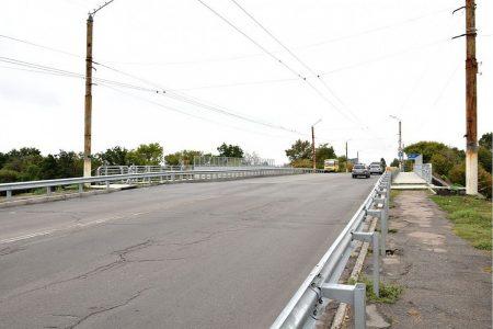 У Кропивницькому тимчасово перекриють рух шляхопроводом по провулку Об'їзному