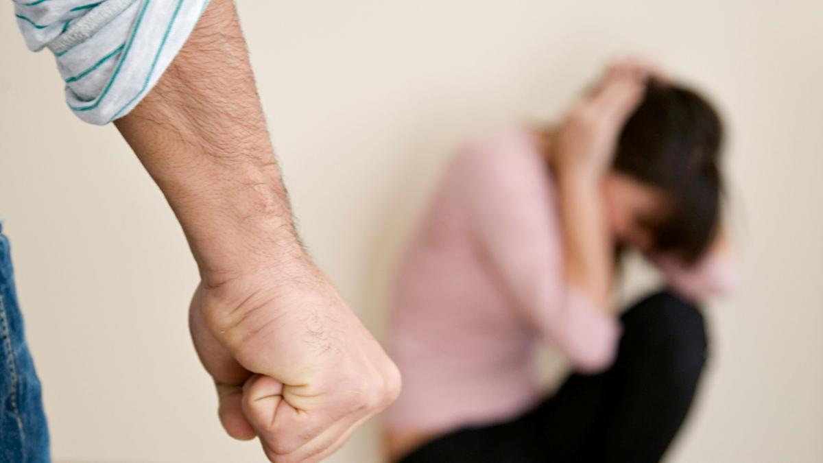Без Купюр Патрульні у Кропивницькому зупинили домашнього насильника. ВІДЕО Життя  поліція домашнє насильство