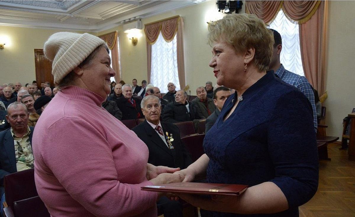 Без Купюр У Кропивницькому понад 300 ліквідаторів отримали матеріальну допомогу Життя  ЧАЕС Кропивницька міська рада