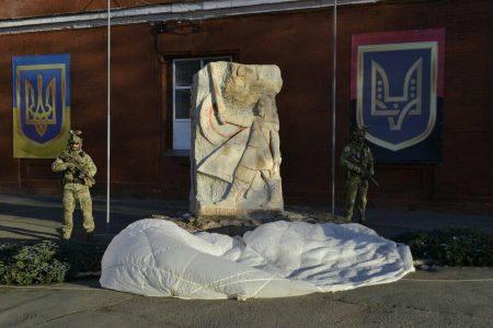 У Кропивницькому презентували пам'ятник Святославу Хороброму та бойову пісню 3-го полку. ФОТО. ВІДЕО