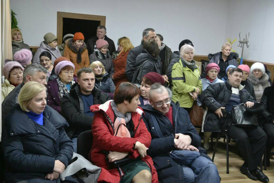 Без Купюр Новенські депутати вдруге не зібралися на сесію з приводу приєднання селища до обласного центру Децентралізація  сесія селище Нове приєднання Кропивницький