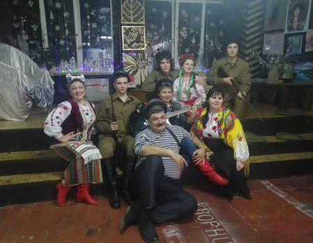 """У """"Krop:Hub"""" відбулася новорічна вечірка у стилі 20-років минулого століття. ФОТО"""
