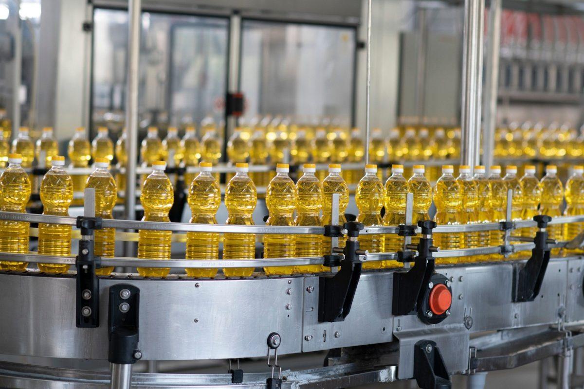 """Без Купюр """"Кернел"""" купив олійноекстракційний завод у Кропивницькому, що належав """"Креативу"""" Бізнес  креатив Кернел завод"""