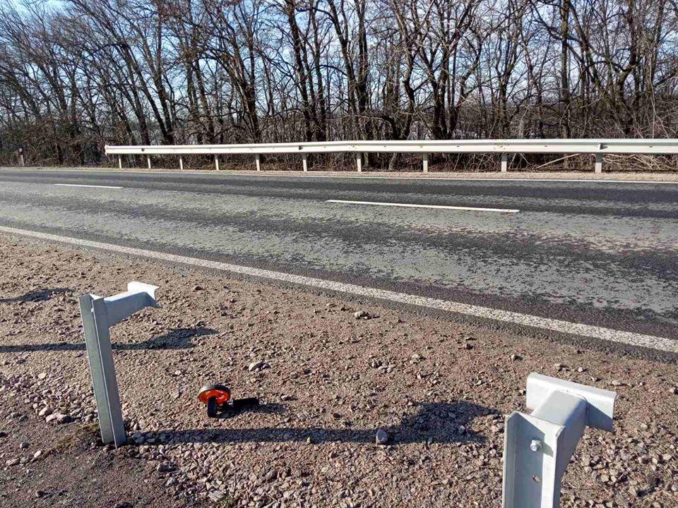 Без Купюр Вандали завдали збитків дорожникам Кіровоградщини на більше сотні тисяч гривень За кермом  служба автомобільних доріг вандалізм 2020 рік