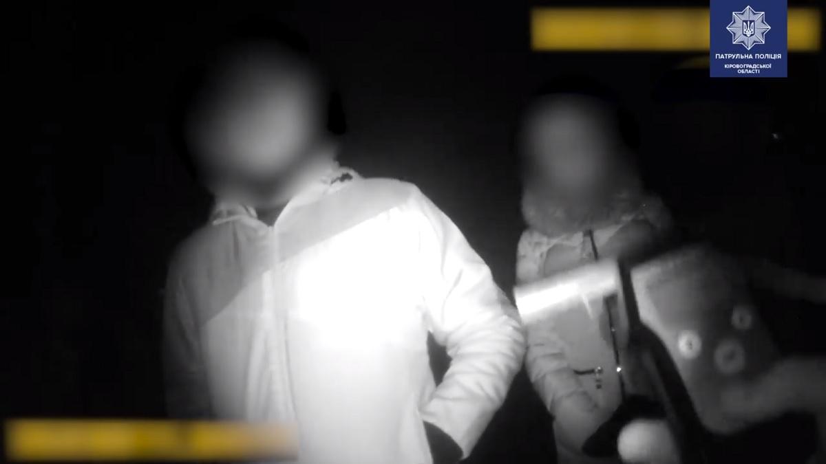 Без Купюр Водій напідпитку ледь не збив пішохода За кермом  Патрульна поліція п'яний водій 2020 рік