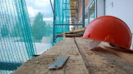 У Кропивницькому на території заводу смертельно травмувалось двоє людей. ДОПОВНЕНО