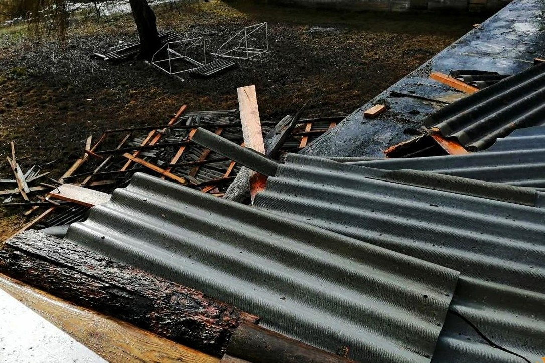 Без Купюр У Кропивницькому негода пошкодила дахи шести будинків Події  стихія дах 2020 рік