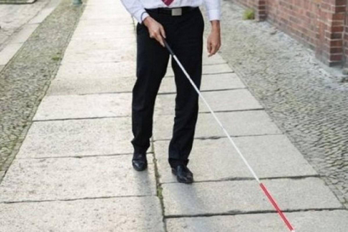 Без Купюр У Кропивницькому люди з вадами слуху і зору можуть замовити супровід Життя  соціальні послуги люди з інвалідністю 2020 рік