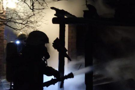 Під час гасіння пожежі у Кропивницькому знайшли тіло чоловіка