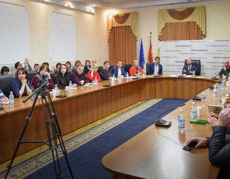 В Україні введуть штраф за перевезення дітей не в автокріслі