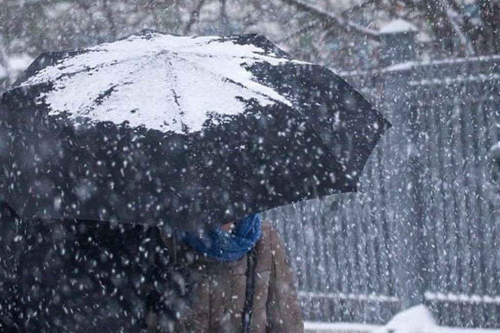 Без Купюр Кіровоградщина: синоптики попереджають про значне погіршення погоди Погода  похолодання погода мокрий сніг 2020 рік