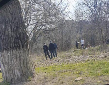 У жителя Кропивницького правоохоронці знайшли пістолет та наркотики