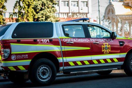 На Кіровоградщині спеціальні автомобілі ДСНС із гучномовцем інформують про карантин