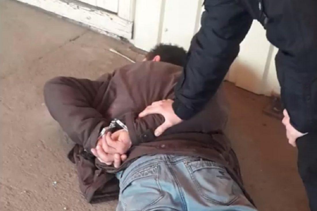 Без Купюр У Кропивницькому чоловік накинувся з ножем на колишню Кримінал  Патрульна поліція напад 2020 рік