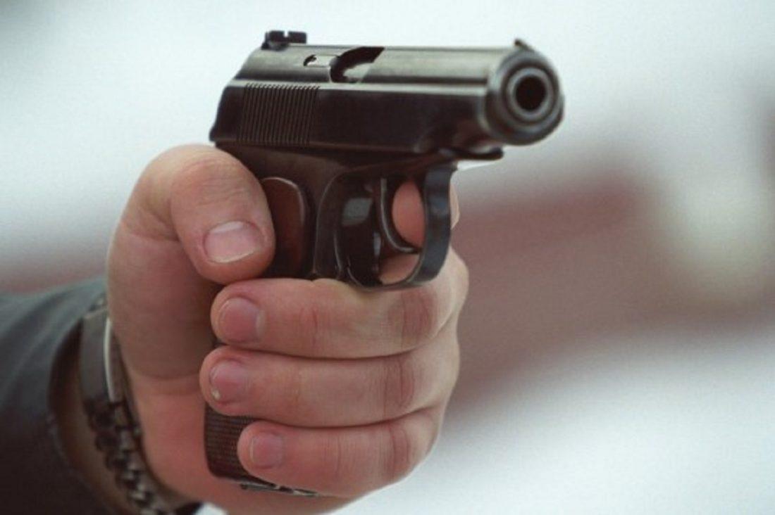 На Кіровоградщині колишній начальник райвідділу поліції вистрелив у хлопця