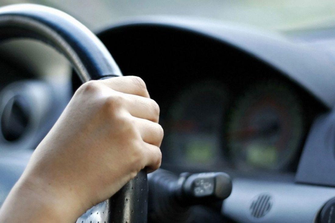 Без Купюр Що заборонено і що дозволено під час карантину водіям За кермом  Коронавірус в Україні за кермом 2020 рік
