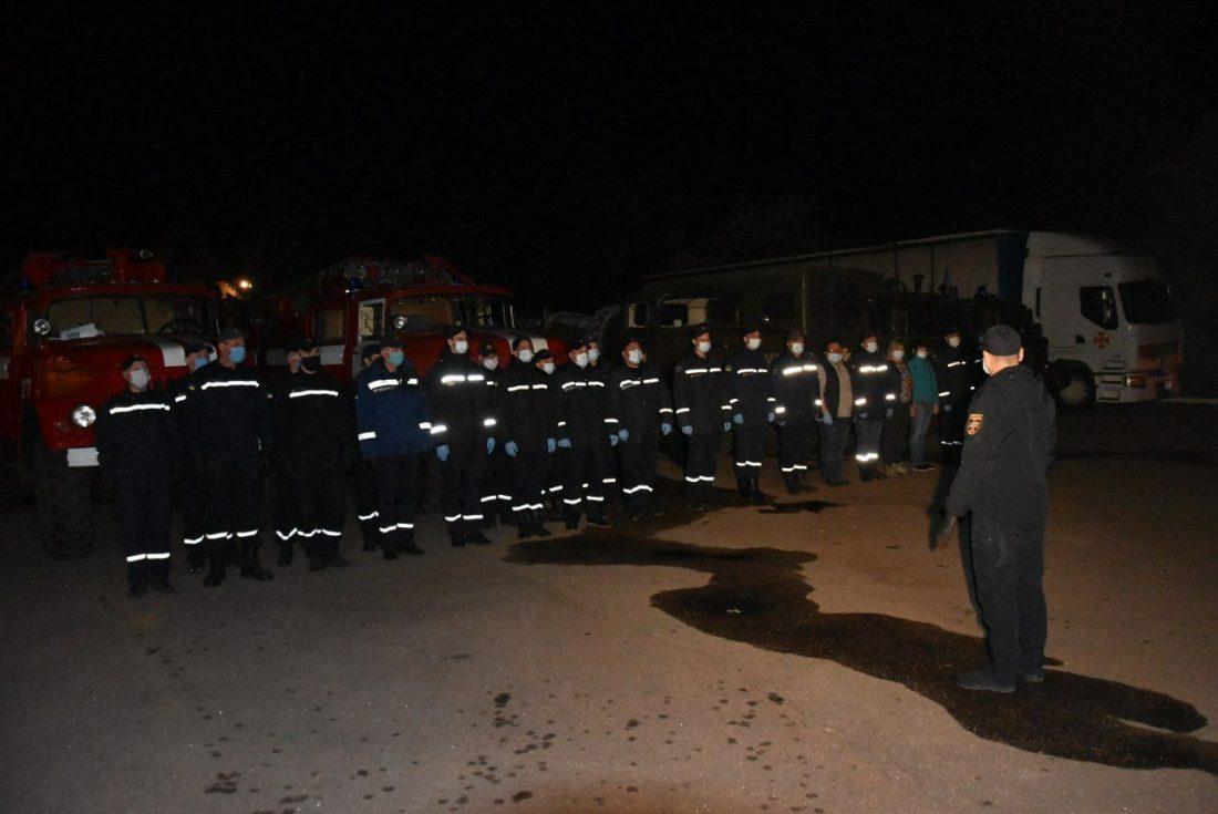 Без Купюр Ще 76 рятувальників Кіровоградщини поїхали до Чорнобильської зони Події  Чорнобиль рятувальники Віталій Миронюк