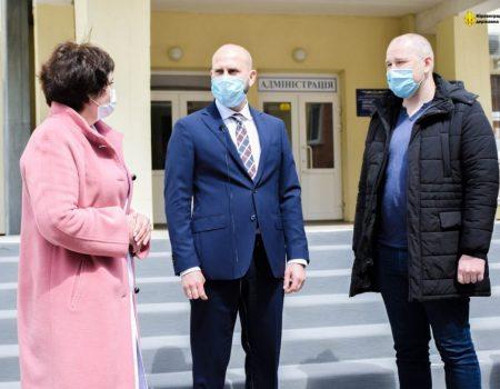 Нардеп посприяв ремонту апарату штучної вентиляції легень Кіровоградської обласної лікарні