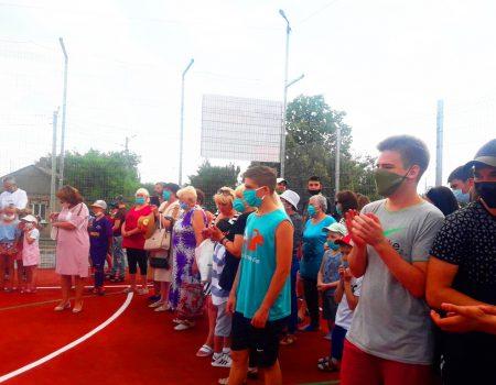 На Старій Балашівці на місці кількох дач, викуплених депутатом, відкрили стадіон. ФОТО. ВІДЕО